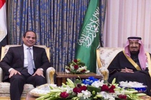 El presidente Al Sisi con el rey saudí Salmán Ben Saud