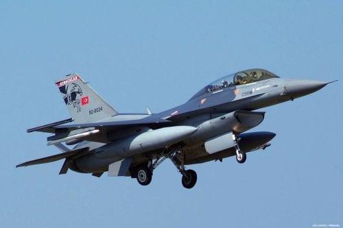 Turquía mata a 13 milicianos del PKK en Irak