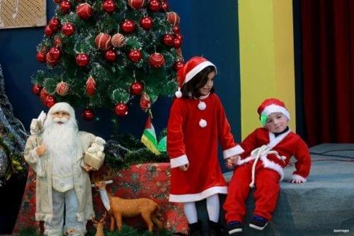 Los palestinos celebran la Navidad en medio de restricciones israelíes