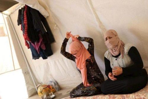 Las mujeres yazidíes, contra la empresa francesa acusada de financiar…