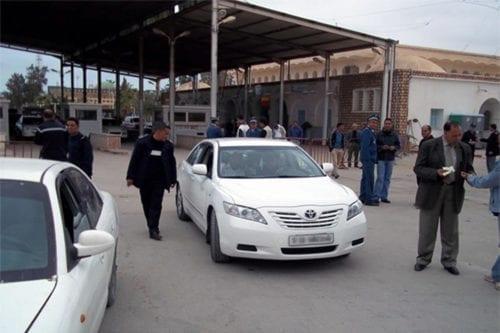 Túnez y Libia reanudan la ruta comercial en sus fronteras