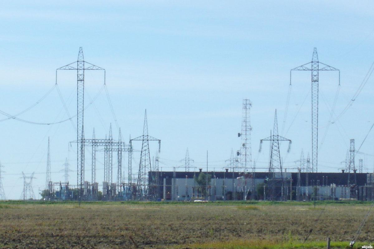 Electric Grid Monitor : Países árabes firman un memorando para crear mercado