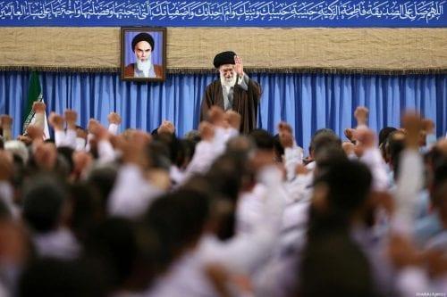 """Líder Supremo de Irán: """"Los Saud caerán"""""""