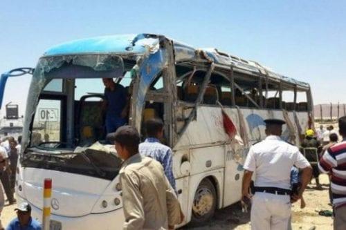 28 cristianos egipcios asesinados en una emboscada terrorista
