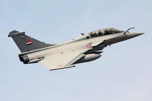 Egipto bombardea campos de entrenamiento de Daesh en Libia en…