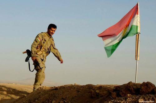 Las fuerzas iraquíes eliminan la bandera kurda de Kirkuk