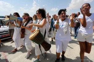Mujeres palestinas e israelíes marchan por la paz