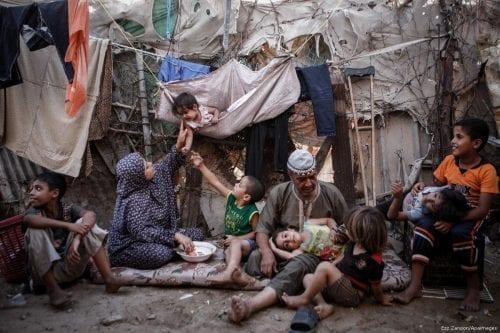 """La táctica del """"palo y la zanahoria"""" en Gaza"""