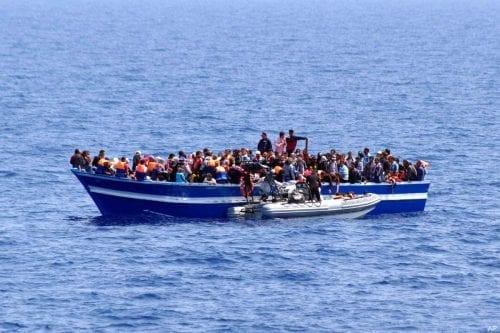 Italia pide que otros países se hagan cargo de los…