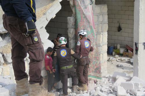 Continúan los ataques aéreos en Idlib