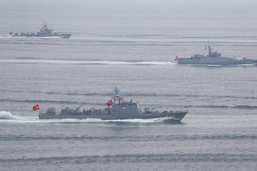 Qatar firma un acuerdo con Turquía para establecer una base…