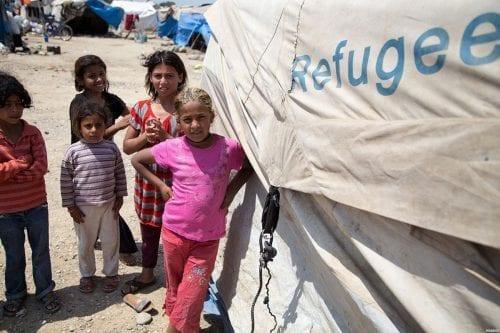 Poner fin a las guerras para acabar con la crisis…