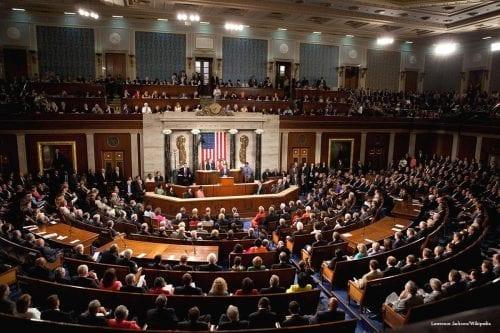 El Congreso de EEUU revisa la venta de municiones de…