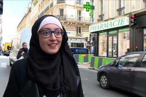 Cuestión del hijab: una estudiante francesa de origen marroquí en…