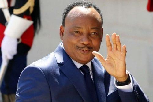 El presidente de Níger se hace indispensable para la región…