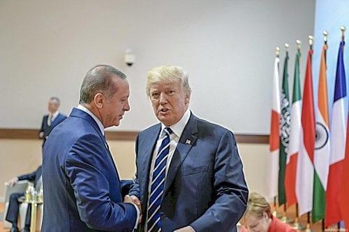 Erdogan y Trump tratan el caso Khashoggi en una llamada…