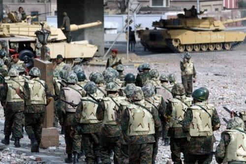 Egipto extiende el estado de emergencia tres meses más