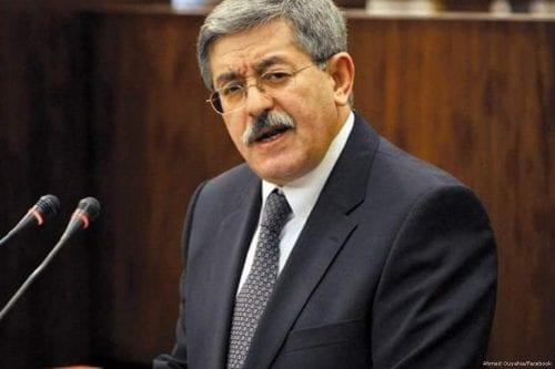 Polémica por el discurso del primer ministro argelino en París
