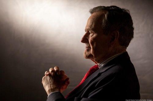 George Bush padre deja un legado manchado