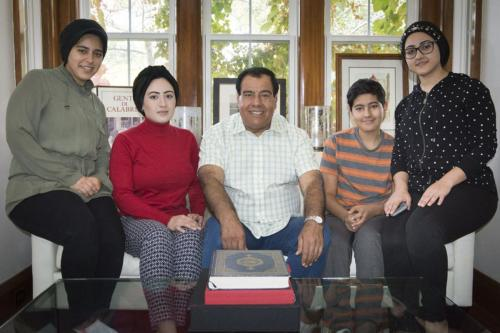 Una corte israelí falla contra el padre cuyas 3 hijas…