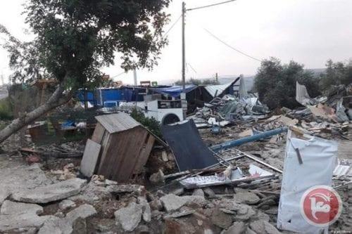 Israel derriba 5 edificios palestinos