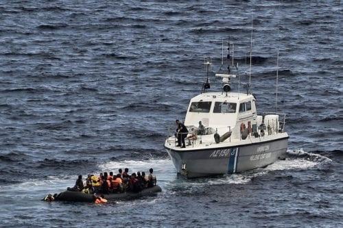 Grecia confisca un gran cargamento de drogas de un carguero…