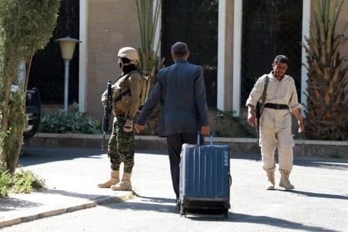Yemen: La delegación hutí llega a Suecia para las conversaciones…