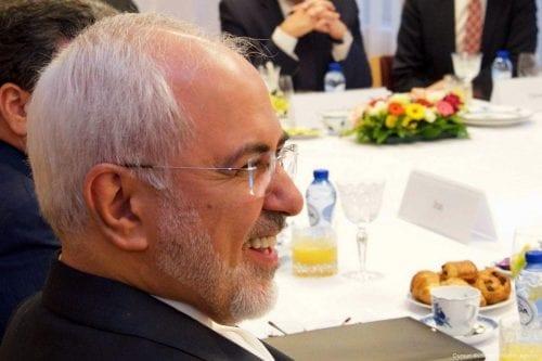 El ministro de Exteriores iraní ridiculiza a Estados Unidos e…
