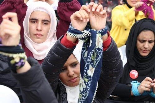 """""""El régimen de Assad ha torturado, electrocutado y violado a…"""
