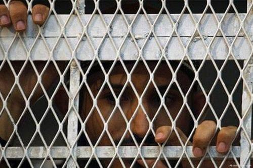 Yemen: 23 detenidos asesinados en prisiones administradas por EAU