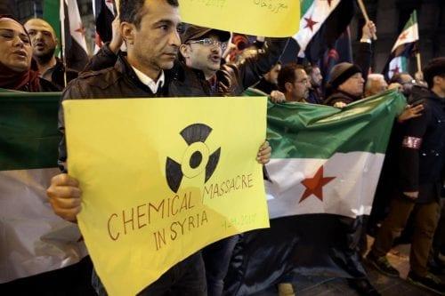 La UE sanciona a oficiales sirios y rusos por el…