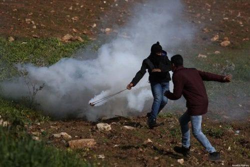Decenas de palestinos resultan heridos en enfrentamientos cerca de Ramala