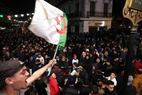 Argelia: se esperan protestas masivas contra la decisión de retrasar…