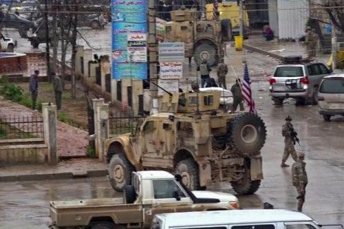 Estados Unidos niega mantener a mil soldados en Siria