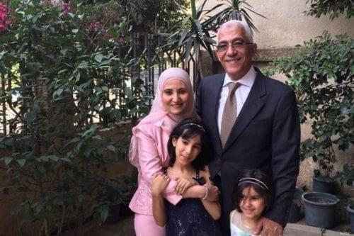 Egipto extiende la prisión preventiva de la hija de Qaradawi…