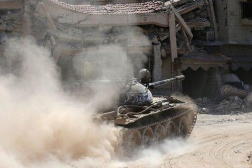 Libia afirma que Haftar ataca a Trípoli con armas egipcias,…