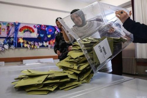 La junta electoral de Turquía rechaza la petición de recuento…