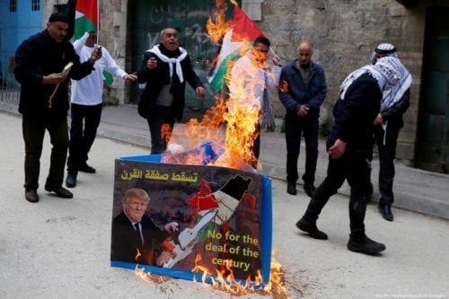 Los países del Golfo impusieron un asedio a Jordania para…
