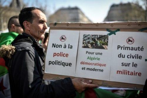 Argelia: un general retirado se presenta como primer candidato a…