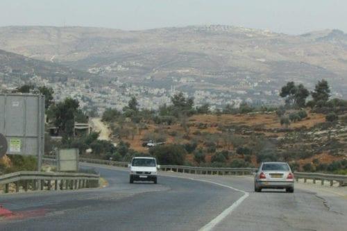 Israel anuncia una nueva carretera de circunvalación para colonos en…
