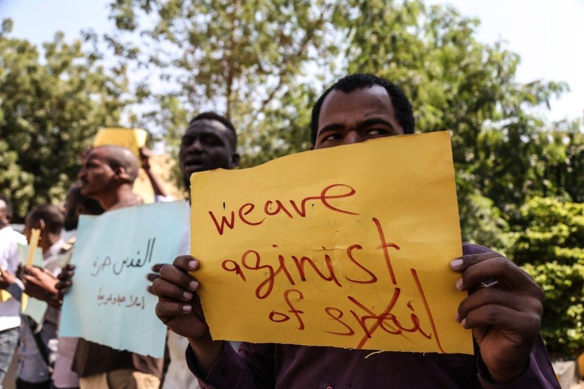 Israel se apresura a normalizar lazos con Sudán