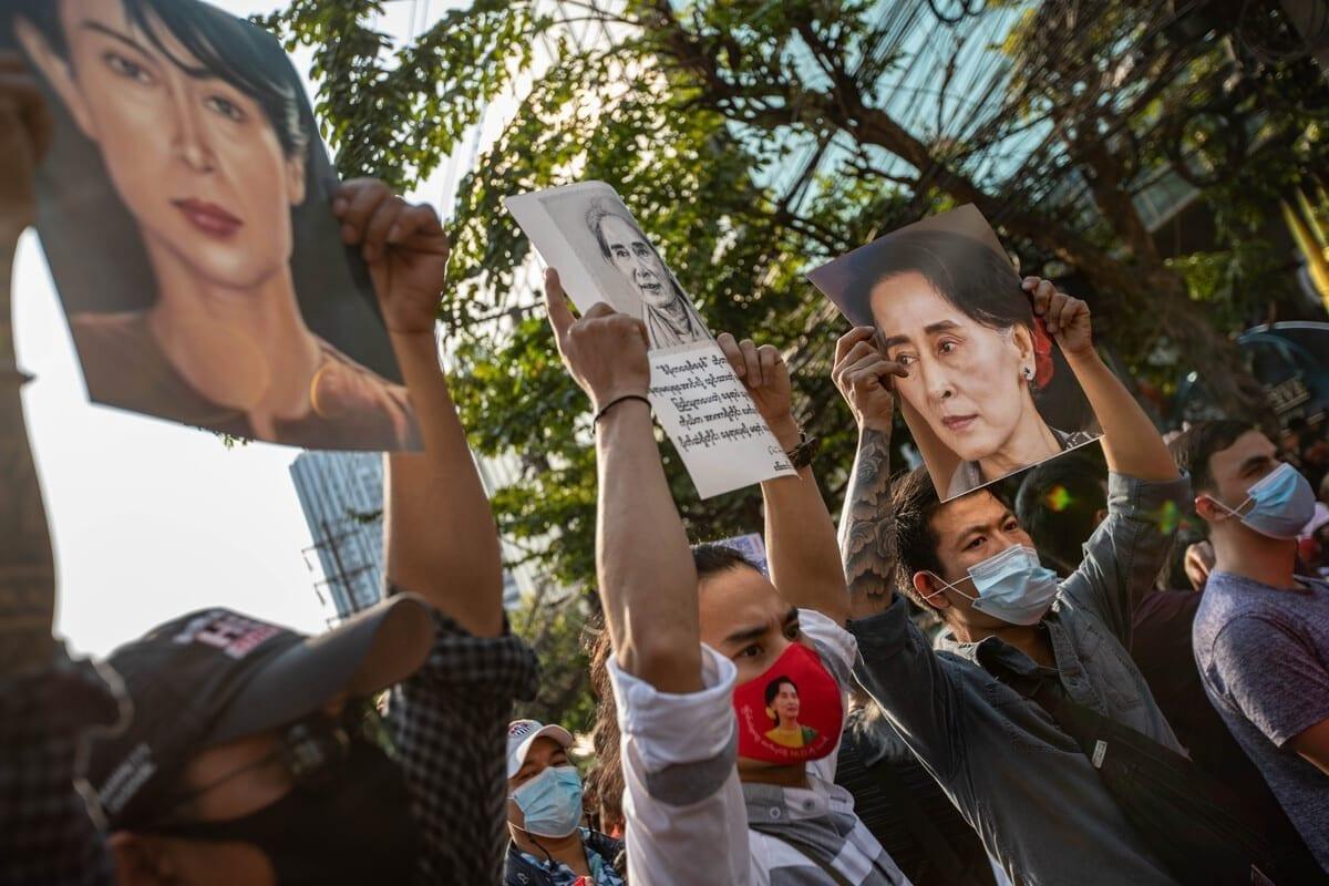 Aung San Suu Kyi y los golpistas han traicionado la democracia en Myanmar