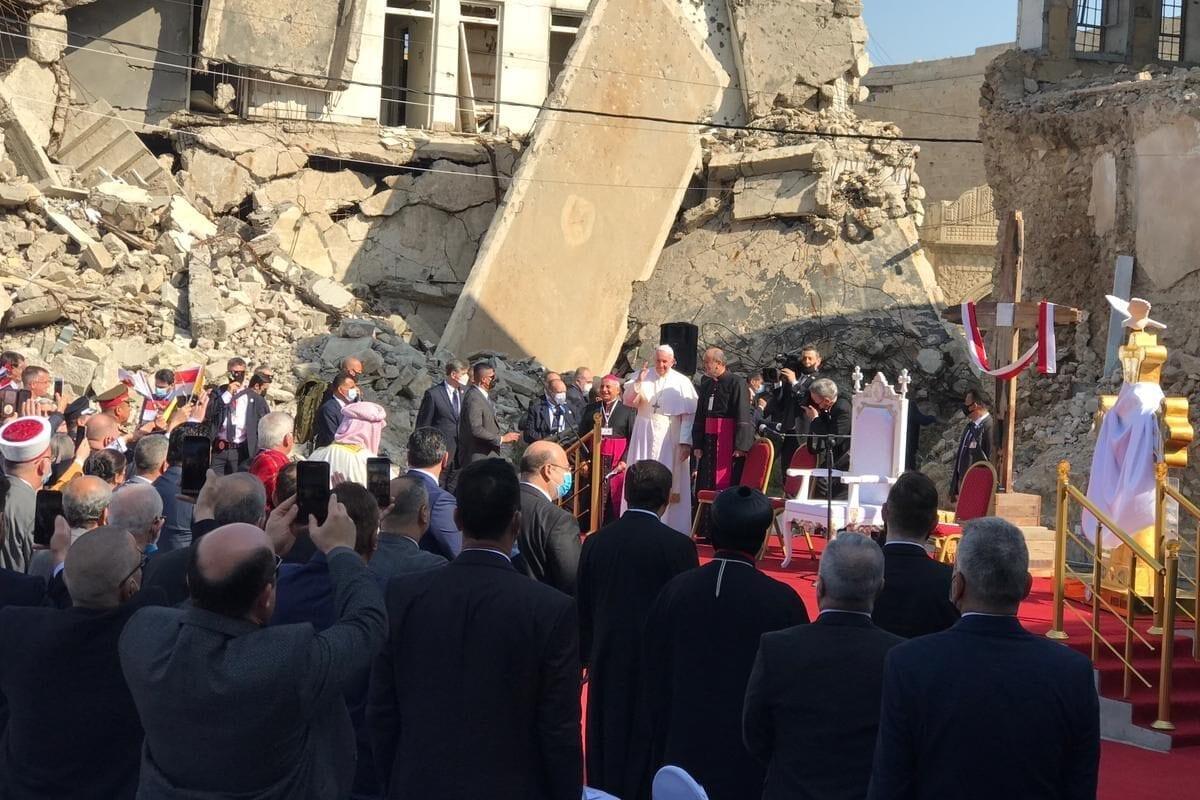 El Papa Francisco visita Qaraqosh, enclave cristiano dominado por Daesh desde hace 3 años