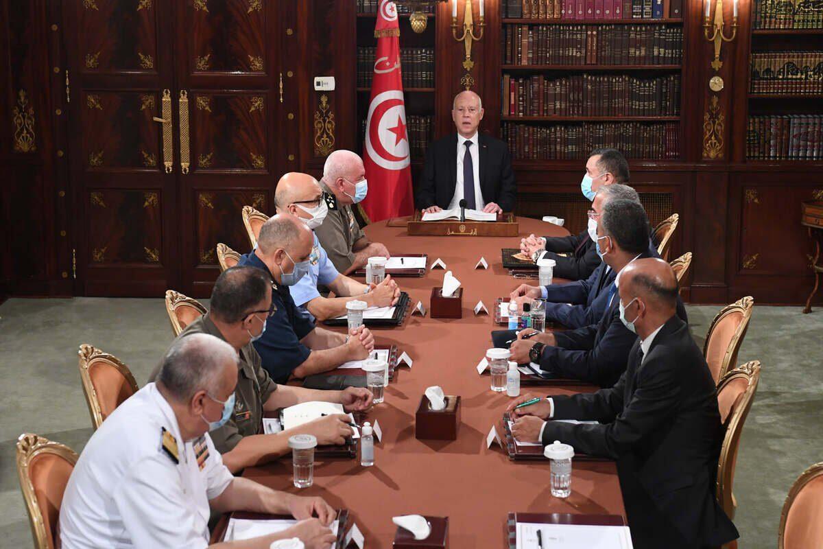 La inestabilidad y el golpe de Estado en Túnez están respaldados por los EAU y Arabia