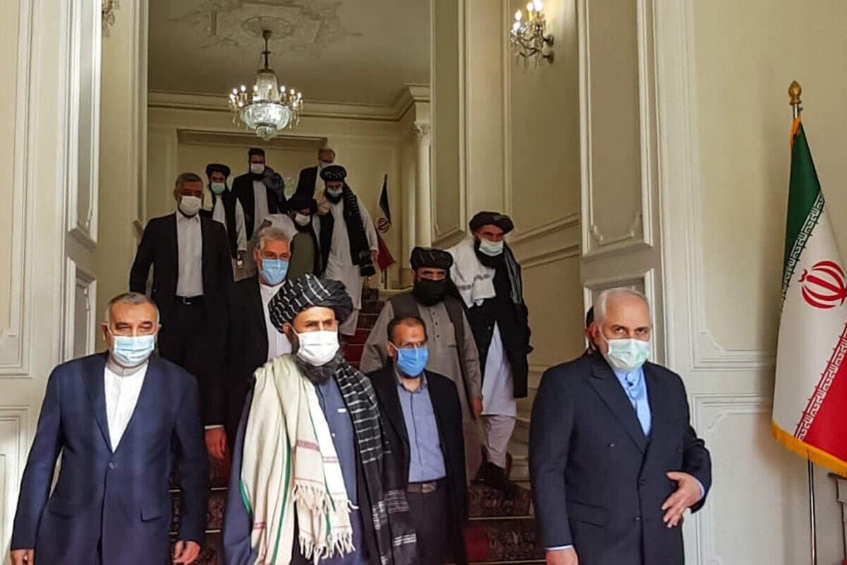 """Los talibanes dirigen el """"cementerio de imperios"""" hacia una nueva era"""