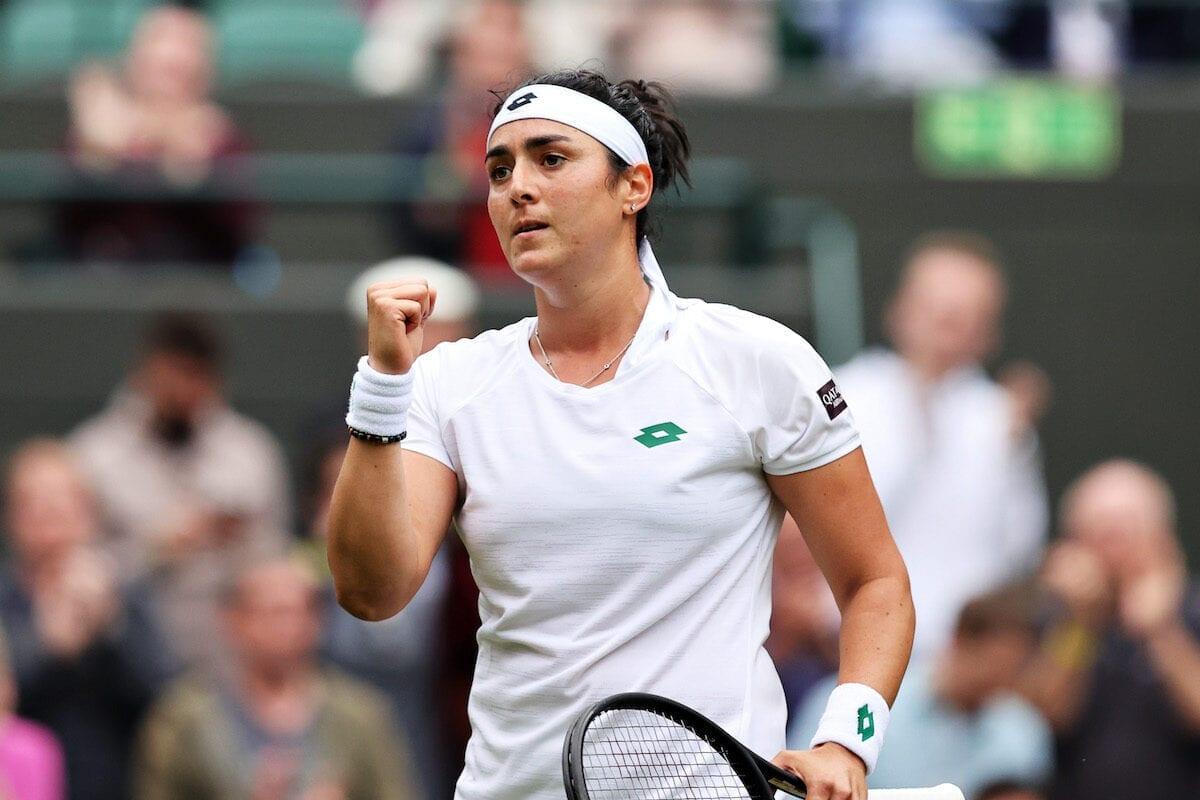 Una tunecina vence a Venus Williams mientras avanza en Wimbledon