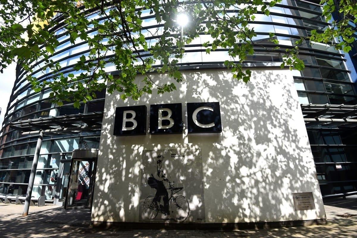 La BBC debe reconocer que Israel fue el primer país del mundo en secuestrar un avión