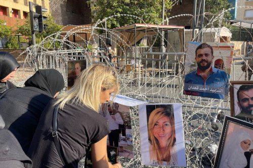 """Al acercarse el aniversario de la explosión de Beirut, los libaneses reviven un """"dolor indescriptible"""""""