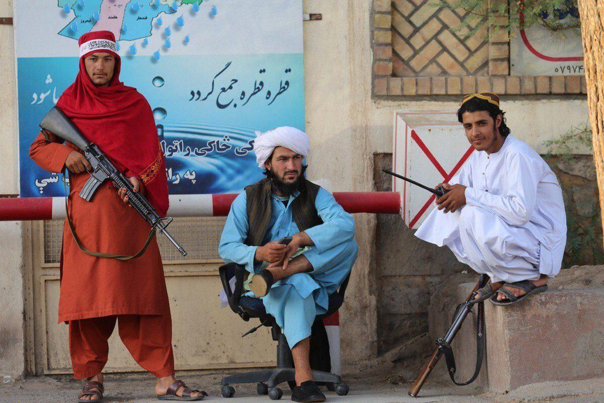 La victoria de los talibanes ha hecho que los teóricos de la conspiración árabe salgan de la nada