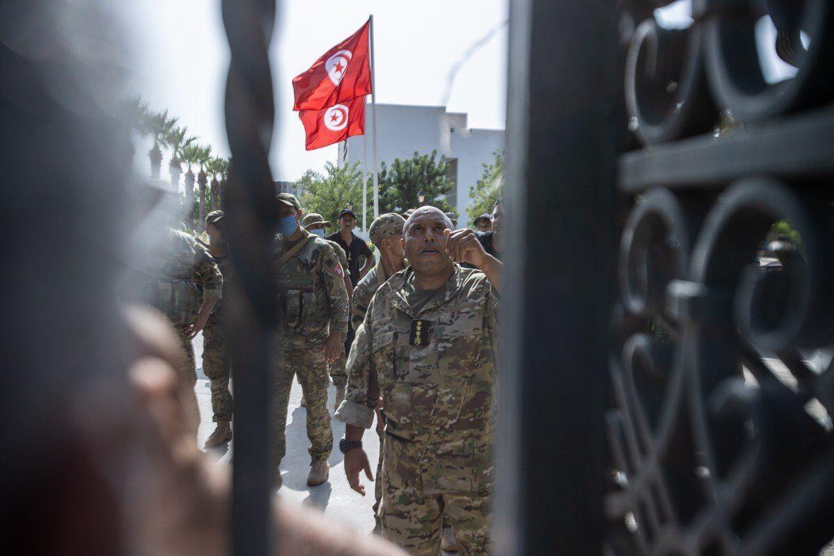 El presidente de Túnez es en gran parte responsable del desastre que intenta arreglar
